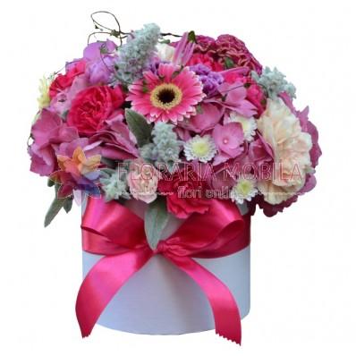 flori in cutie