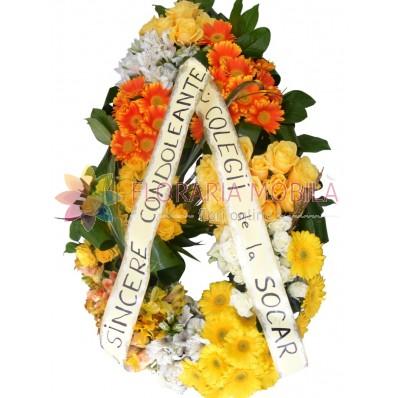coroana flori din trandafiri si gerbera