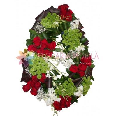 coroana flori din trandafiri si orhidee