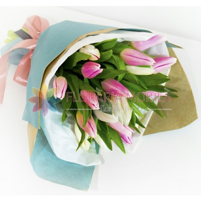 buchete cu lalele albe su roz