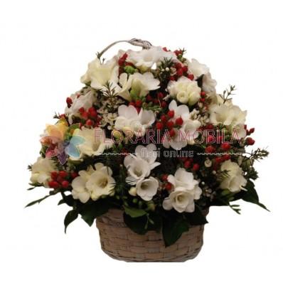 cosuri cu flori din frezii si hiperycum