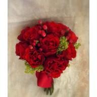 buchete de nasa din trandafiri si hypericum