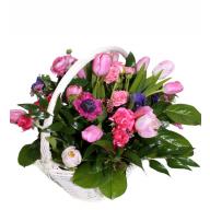 cosuri cu flori din lalele, anemone si trandafirasi