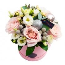 Pink Champagne aranjament de flori de iarna