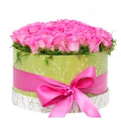 trandafiri in cutie