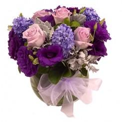 aranjament trandafiri, zambile si lisianthus