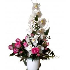 aranjamente din trandafiri si orhidee cimbydium