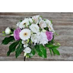 aranjamente de masa din trandafiri, hortensie si gerbera