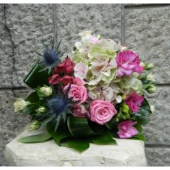 buchete de flori din hortensie si eringium