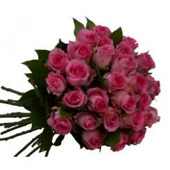 buchet din trandafiri roz