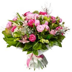 buchet cu orhidee, trandafiri, minirosa