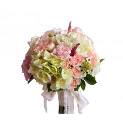 buchete de mireasa din hortensie, trandafirasi si frezii albe