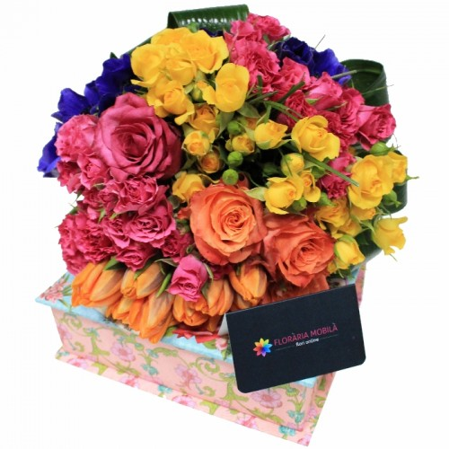 buchet din trandafiri, lalele si anemone