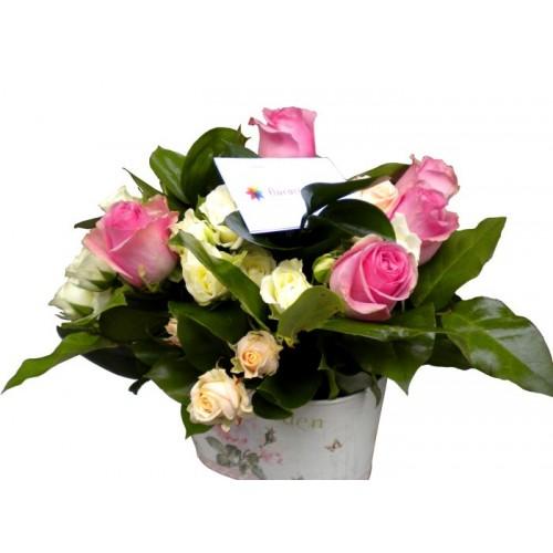 aranjamente trandafiri