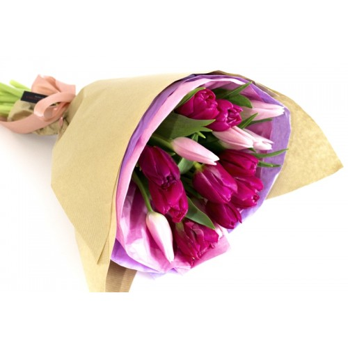 buchete cu lalele mov si roz