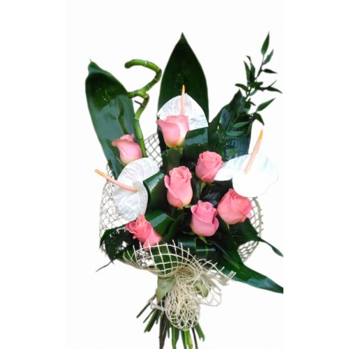 buchet cu anthurium si trandafiri