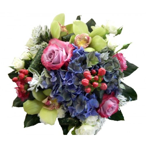 buchet din hortensie, trandafiri si orhidee