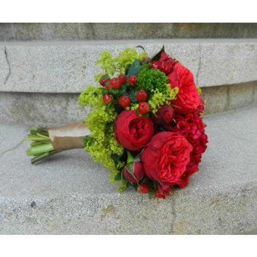 buchete de mireasa din trandafiri si celosia