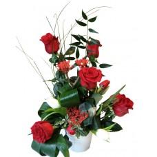 Aranjament trandafiri si lalele