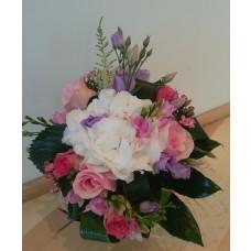 buchet hortensie, trandafiri, frezii