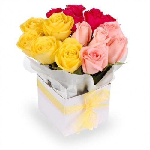 aranjament 15 trandafiri